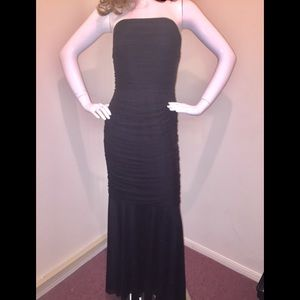 Tadashi Collection Black Ruched Strapless Dress M